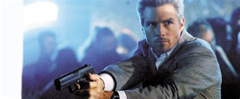 Collateral Movie Review & Film Summary (2004)   Roger Ebert