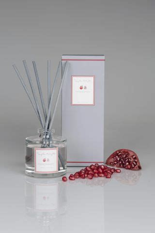13 best Christmas scent diffusers 2018 | Real Homes